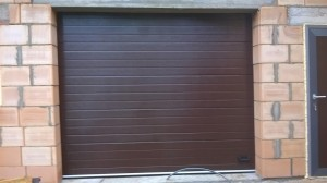 Sekcijiniai garažo vartai